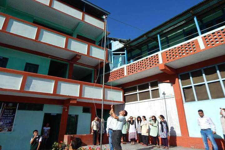 Pine Wood School-Inner Campus