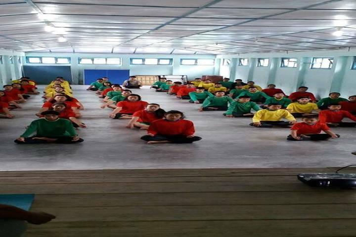 Pine Wood School-Yoga
