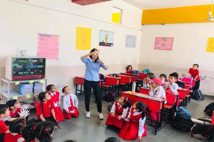 La Montessori School-Classroom