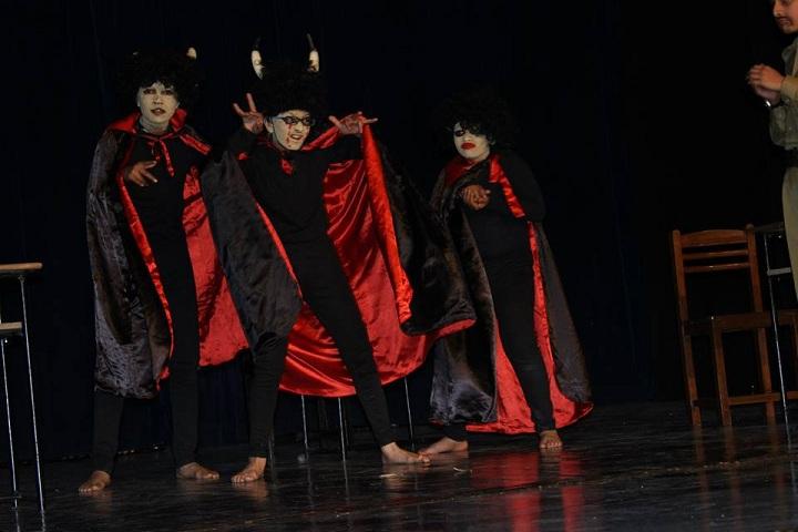 The Lawrence School-Drama1