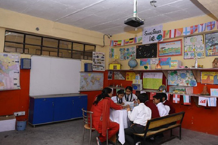 Mahavir Public School-Smart-Classroom
