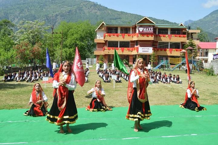Maxx International School-Dance