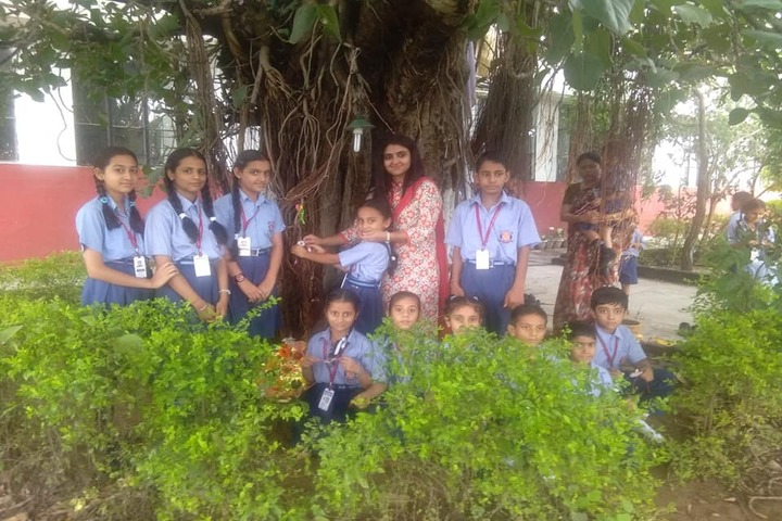 DAV Colligiate School-Field Trip