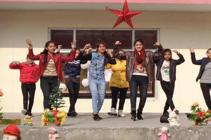 DCM Public School-Christamas