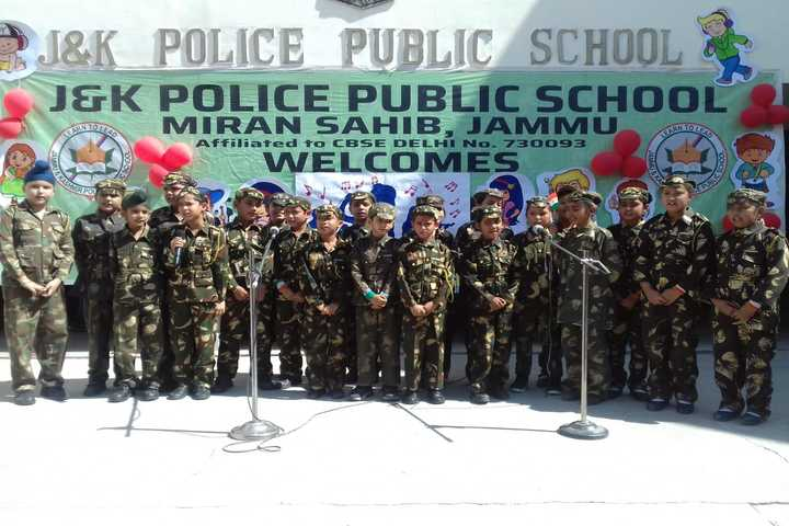 J k Police Public School- Music Day