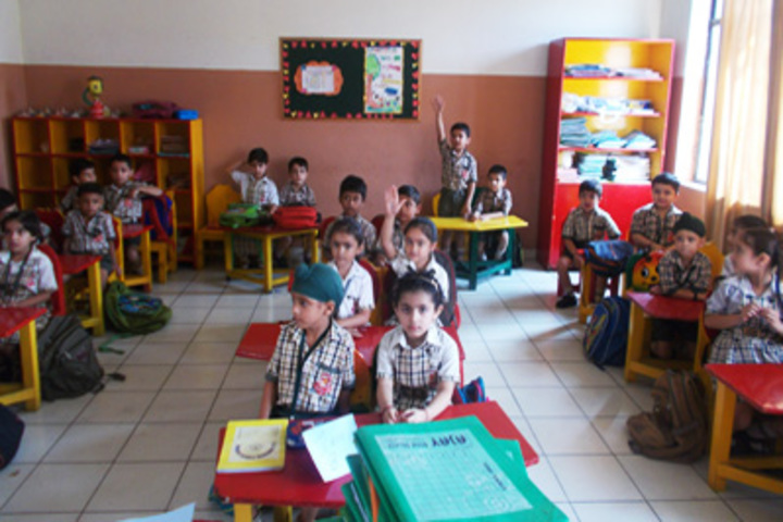 KC Gurukul Public School-Classroom