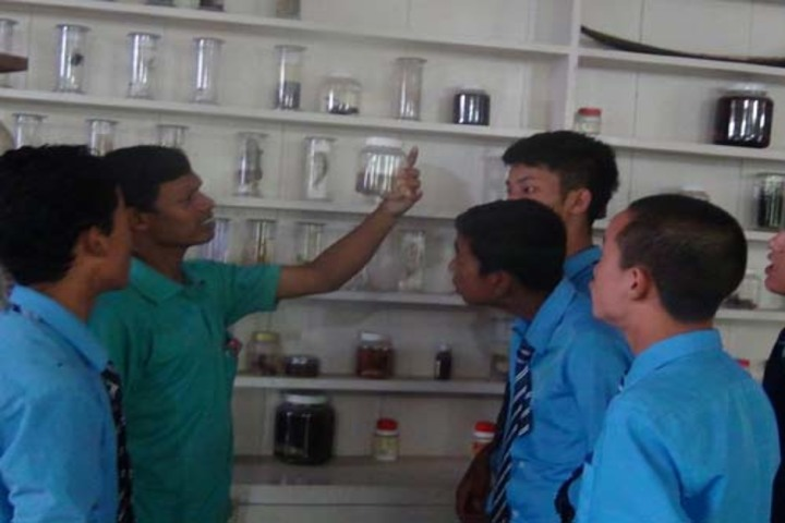 St. Xavier's School - Science Lab