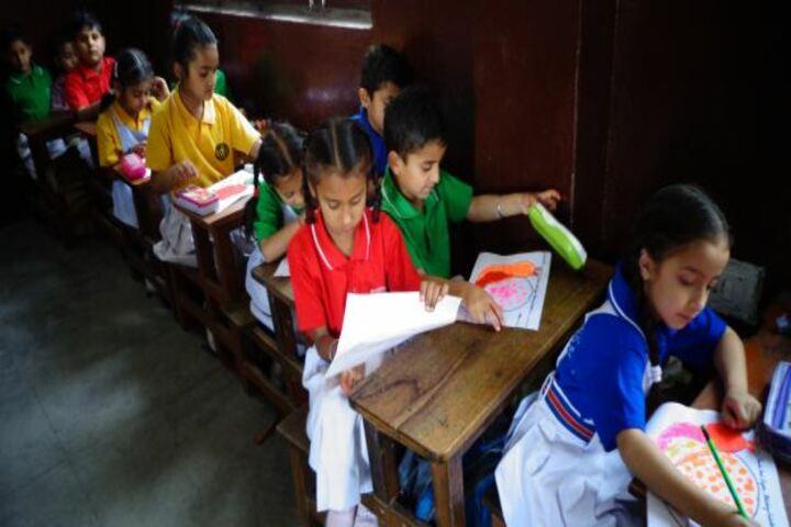 Maharaja Harisingh D A V Centanary Public School-Classroom