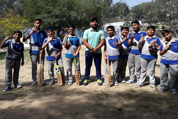 Model Academy-Cricket