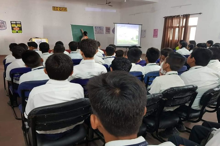Mount Litera Zee School-Digital Classroom