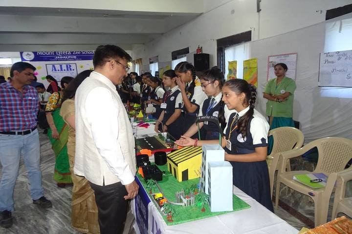 Mount Litera Zee School-Experiment