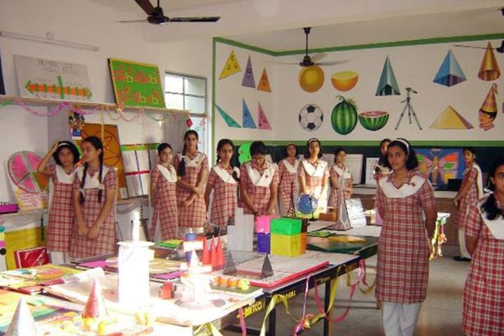 Presentation Convent High School-Craft