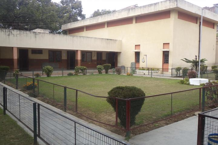 Regional Research Laboratory High School-Garden