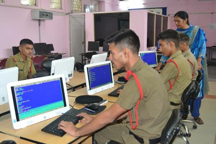 Sainik School-Computer Lab