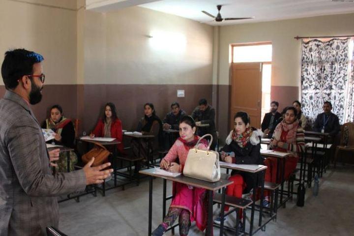 Stephens International Public School-Classroom