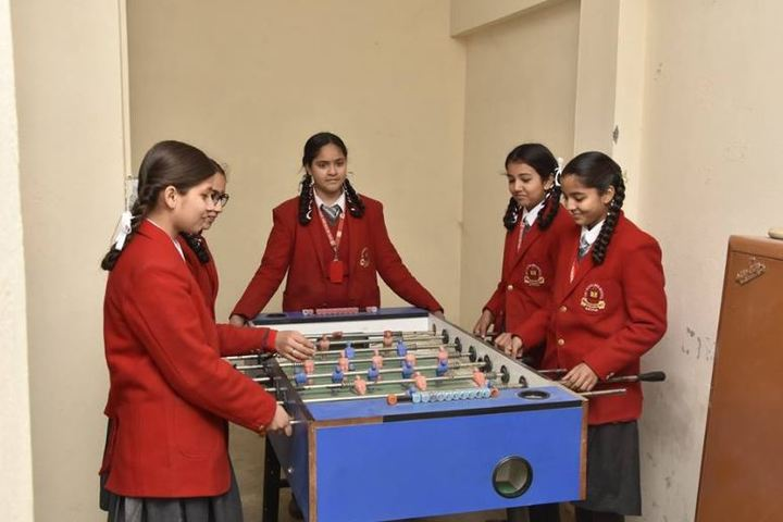 Tiny Scholars School-Game