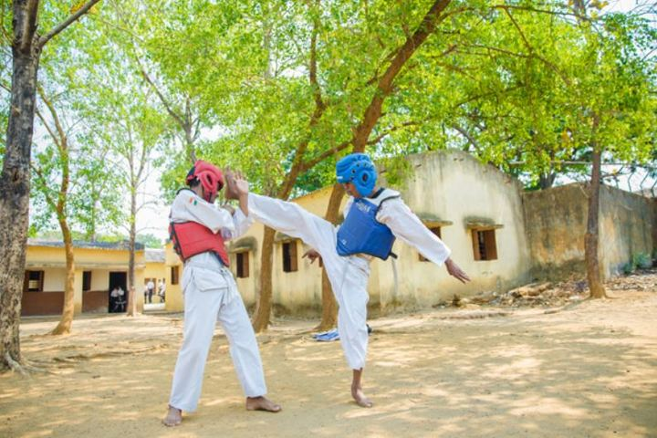 A R S Public School-Karate