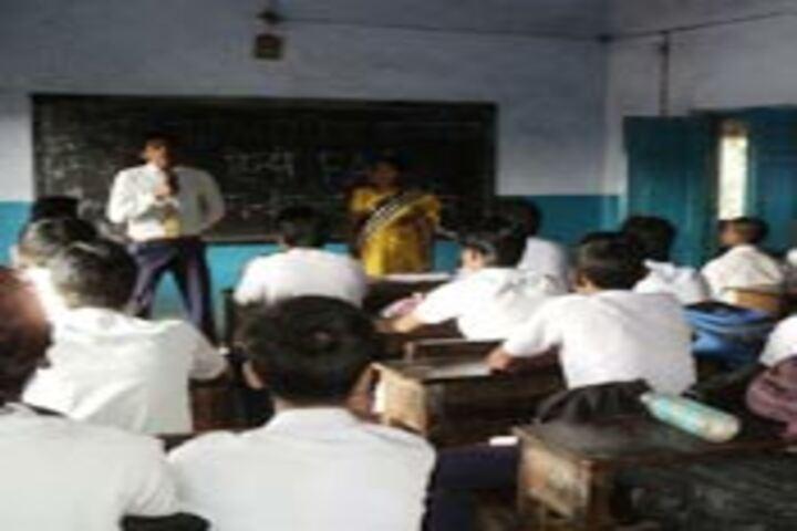 Adarsh Shramik Uchcha Vidyalaya-Class Room