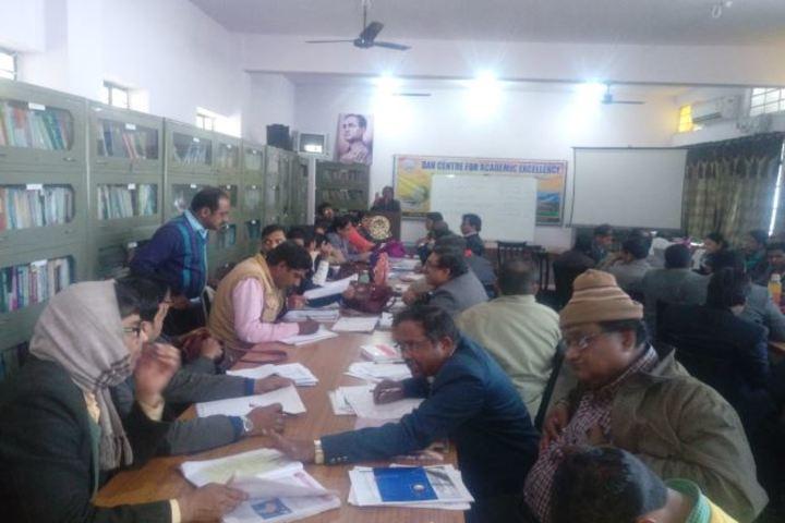 Agrasen Dav Public School-Library