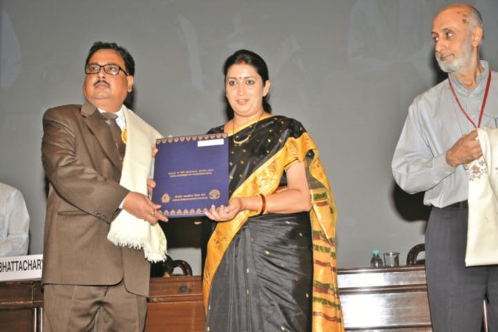 Badri Narayan Shah Dav Public School-Award