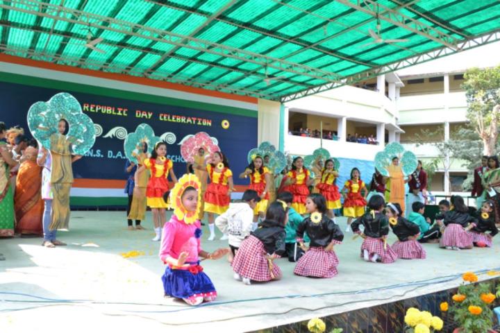 Badri Narayan Shah Dav Public School-Dance