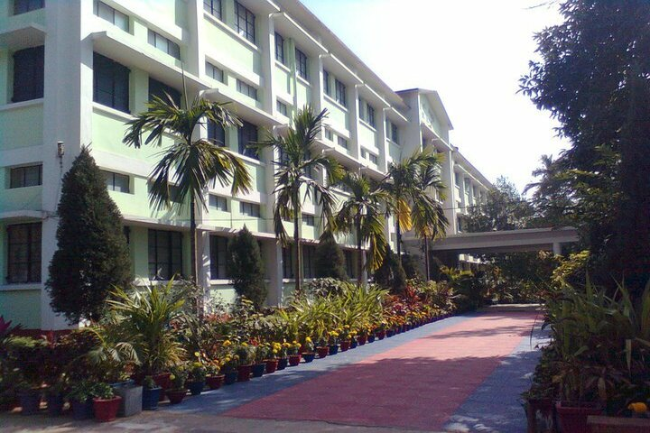 Badri Narayan Shah Dav Public School-Garden