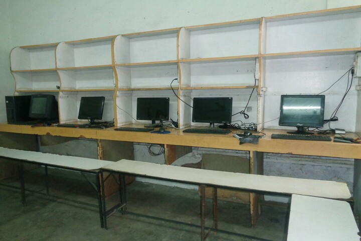 Bharat Singh Public School-IT Lab