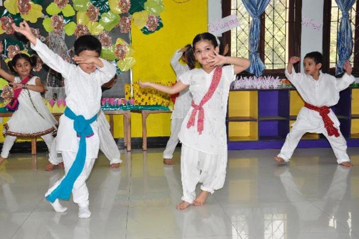 Central Academy-Dance Room