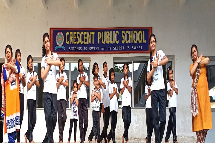 Crescent Public School-Dance Activity