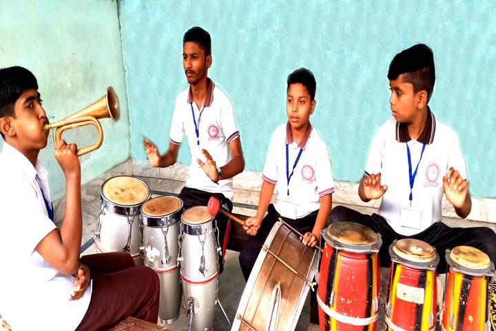 Crescent Public School-Music Class