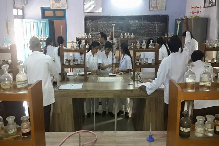 DAV Public School-Labs