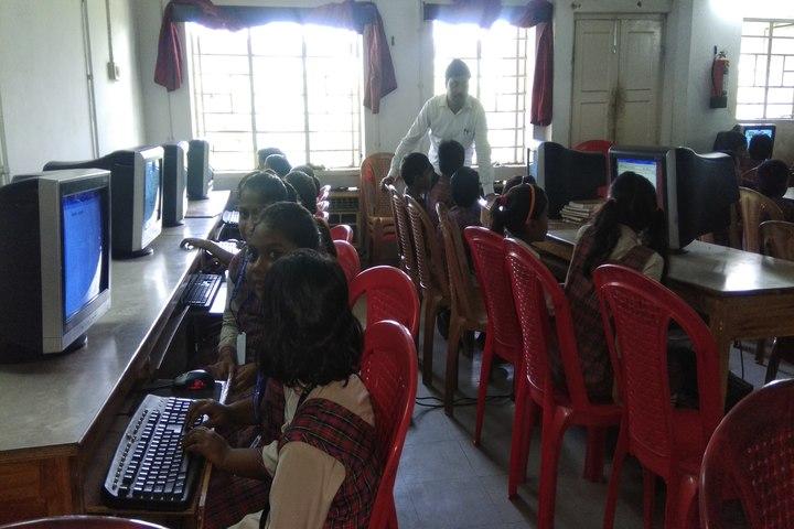 D A V Public School-Computer Lab