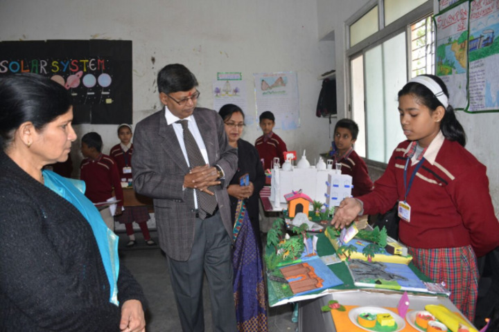 D A V Public School-Science Exhibition