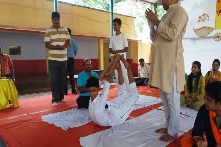 DAV Public School - Yoga Activity