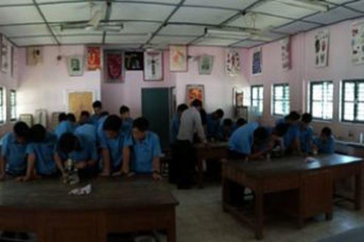 Vivekananda Kendra Vidyalaya-Biology Lab
