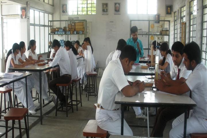 DAV Public School-Physic Lab
