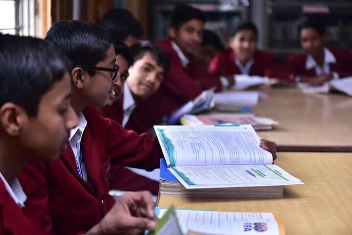 DAV Nandraj Public School - Library