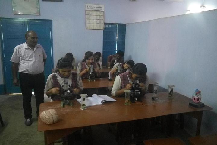 DAV Public School - Biology lab