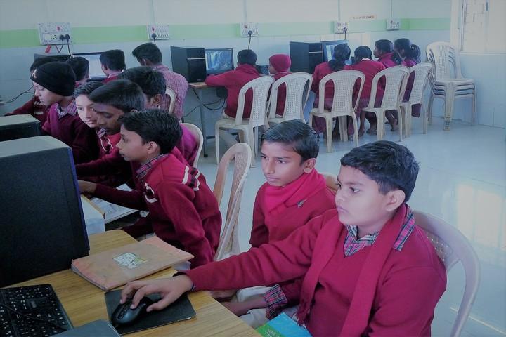 DAV Public School - Computer lab