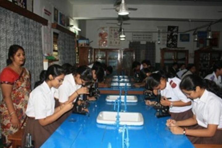 D A V Public School-Bio Lab
