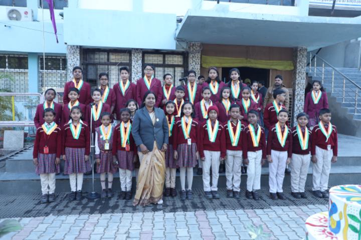 DAV Public School-Awards  Distribution