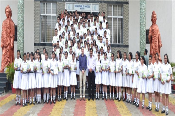 Delhi Public School-Group-Photo