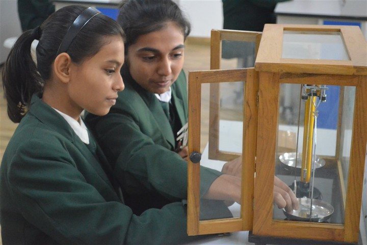 Delhi Public School-Physoc-Lab