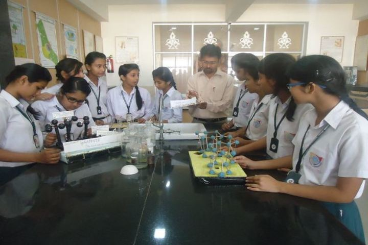Dhanbad Public School-Science-Lab
