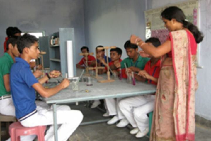 Gautam Buddha International School-Chemistry Lab