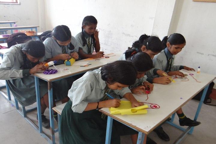 Greenland Public School-Rakhi Making