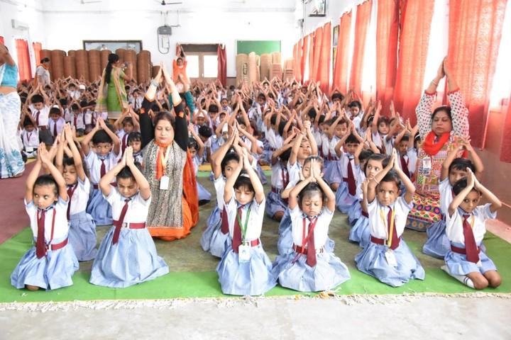 Guru Gobind Singh Public School-Yoga Day
