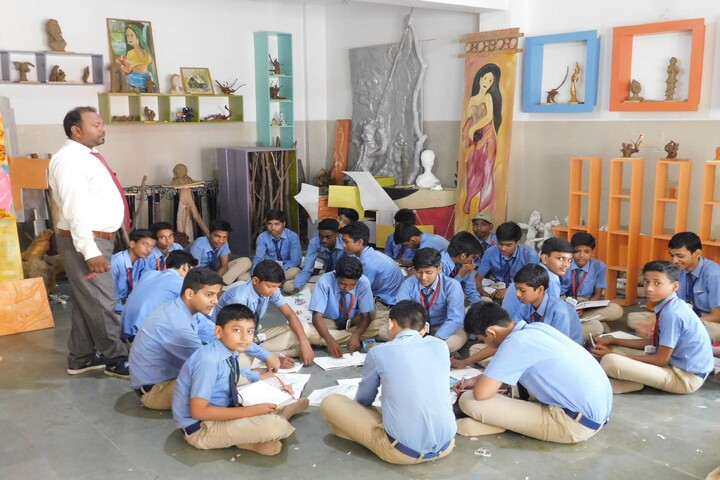 Heritage International School-Art And Craft