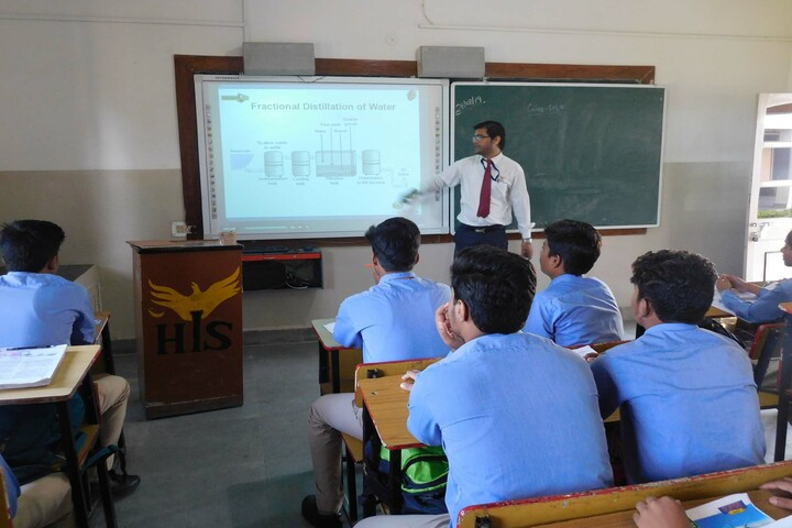 Heritage International School-Smart Class
