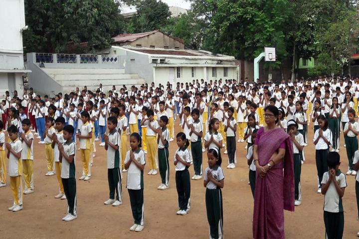 Holy Child Public School-Tree Yoga